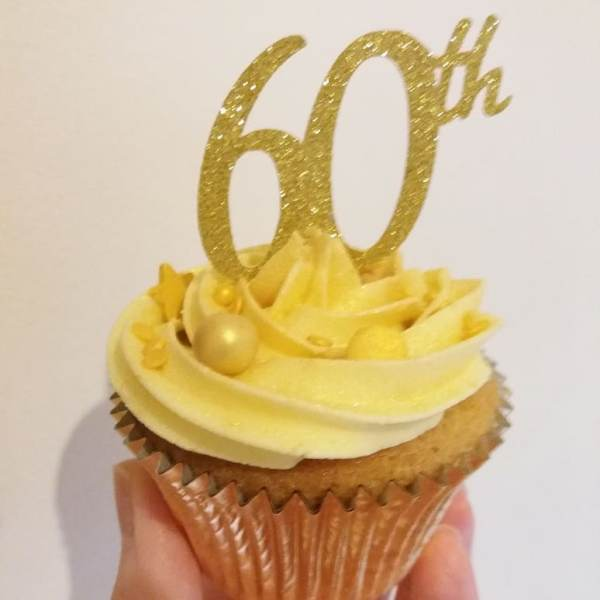 60th_anniversary_cupcakes_1