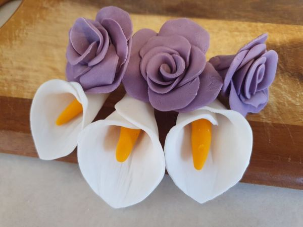 Handmade purple fondant flowers with cala lily Marie Makes v2