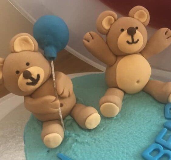 Handmade fondant sugarpaste teddy bears birthday balloon Marie Makes