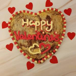 Giant 12 inch Valentine's cookie delivered in Milton Keynes