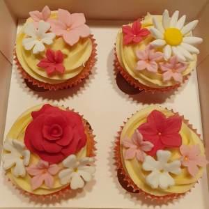 Handmade Floral Cupcakes Delivered Milton Keynes