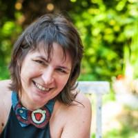 Isabelle Baudelet tisse des liens entre écriture et tissu ...