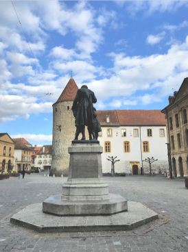 Pestalozzi statue in the main square