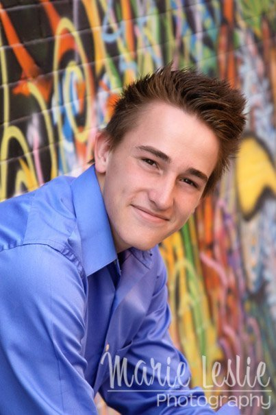 denver senior portraits graffiti wall