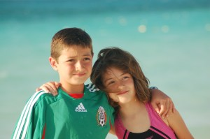 ¡Dos niños maravillosos que han crecido en Amor cada día de su vida!