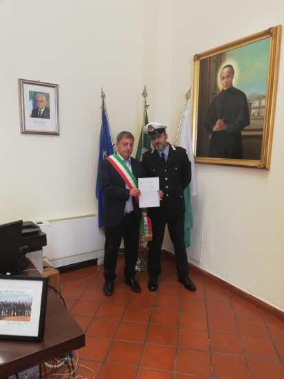 encomio-polizia-municipale-incendio-torre-del-greco-mariella-romano-cronaca-e-dintorni