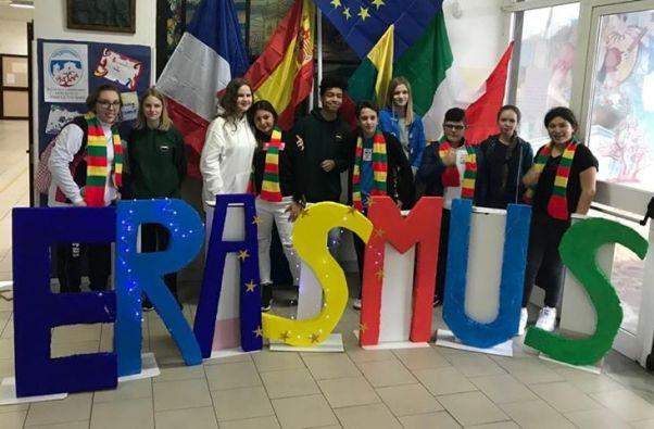 Erasmus-D'assisi-Don-Bosco-Torre-del-Greco-mariella-romano-cronaca-e-dintorni