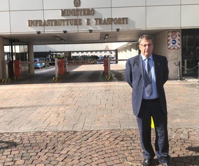 """Gruppo Onorato. Il sindaco va a Roma e chiede garanzie per i marittimi: """"Salvare il lavoro""""."""