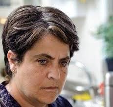 Nunzia Schiano racconta le donne nello spettacolo Femmene di Myriam Lattanzio e Anna Mazza