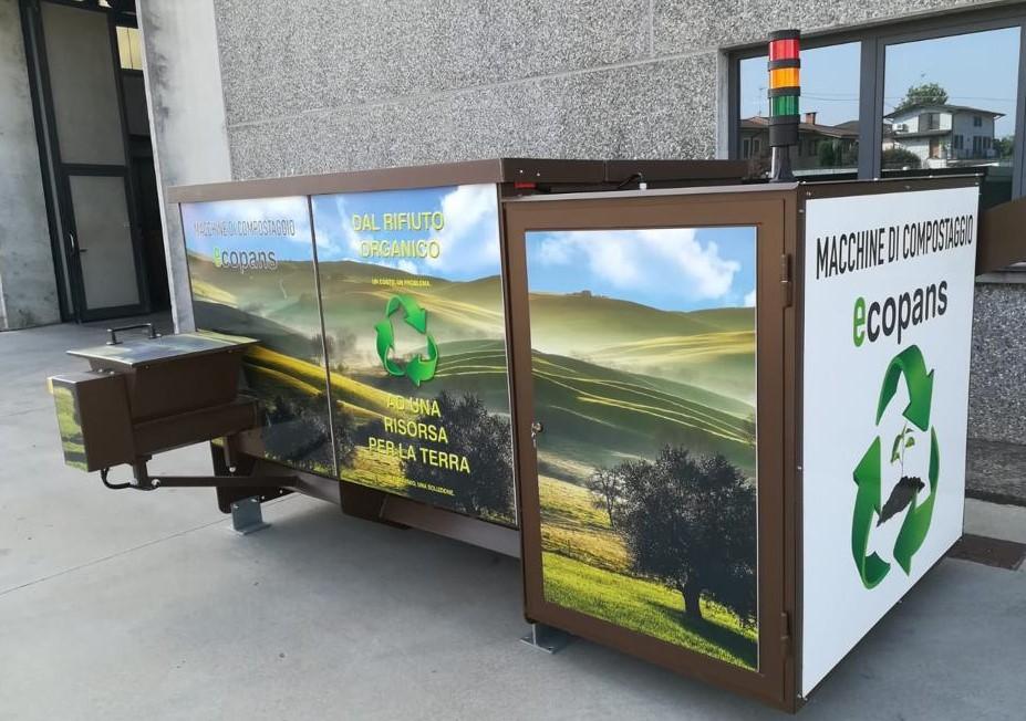 Arriva a scuola la compostiera che trasforma i rifiuti in concime