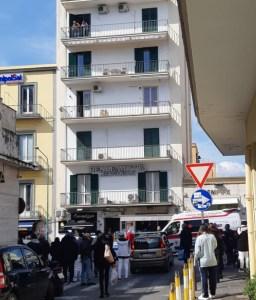 suicidio-torre-del-greco-mariella-romano-cronaca-e-dintorni
