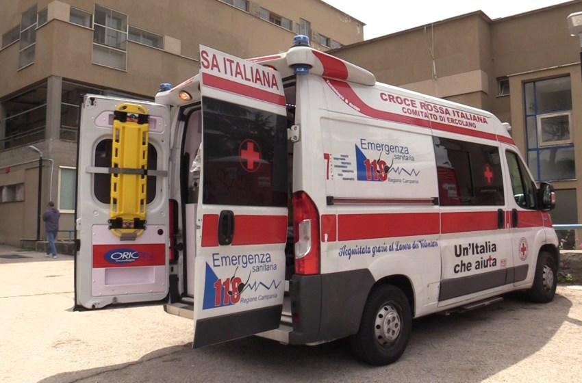 Il Covid paralizza il pronto soccorso del Maresca: dieci pazienti nei box