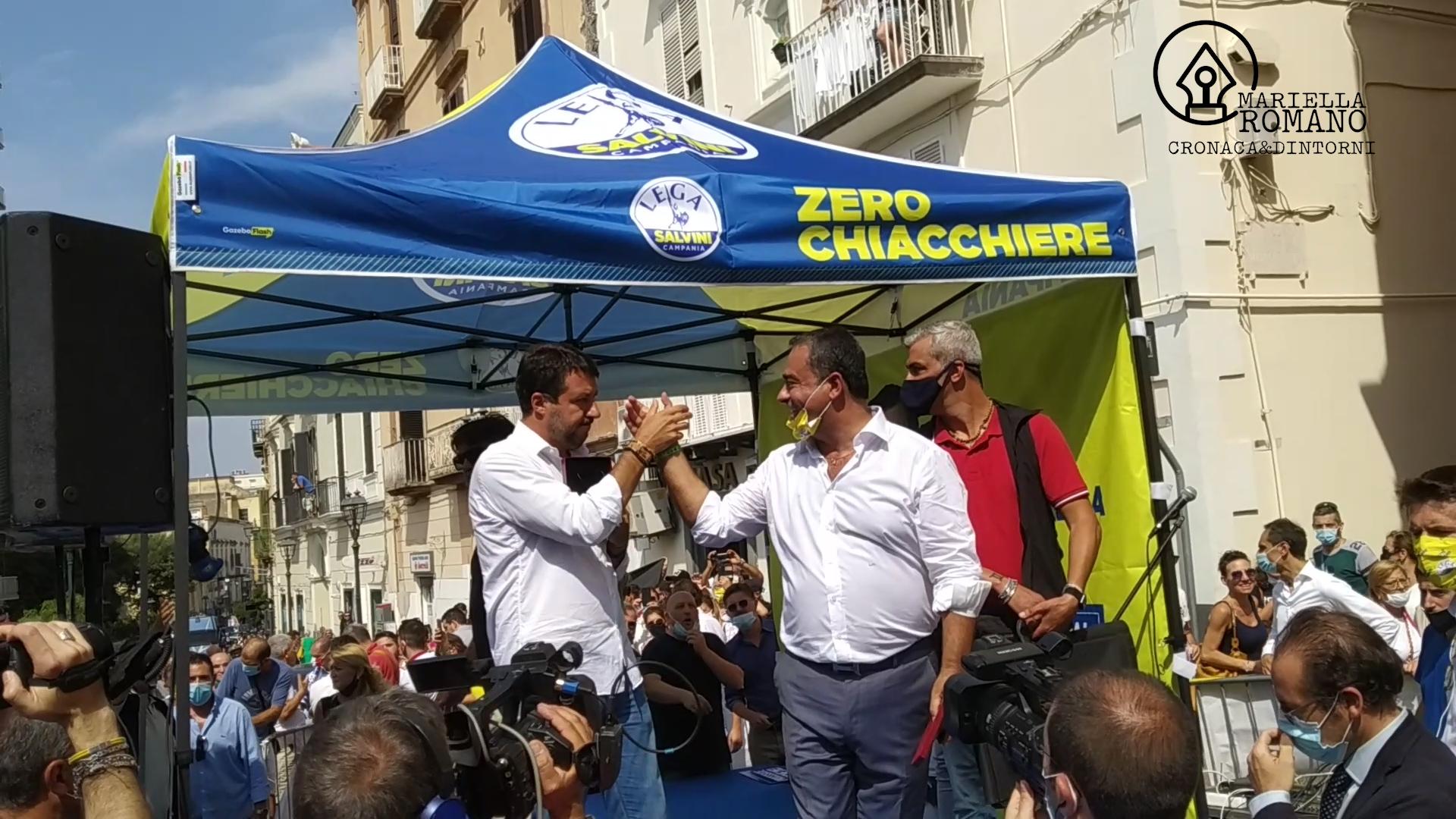 """I leghisti in aiuto del sindaco: """"Pronti a dare contributo, città ostaggio dei bulli"""""""