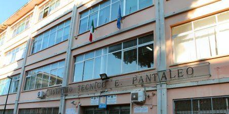 istituto-pantaleo-torre-del-greco-mariella-romano-cronaca