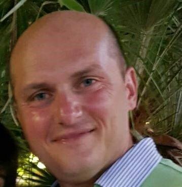 Travolto da un furgone fuori controllo: morto capostazione della Circumvesuviana