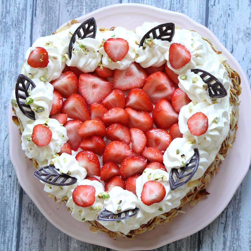 aardbeien-slagroomtaart