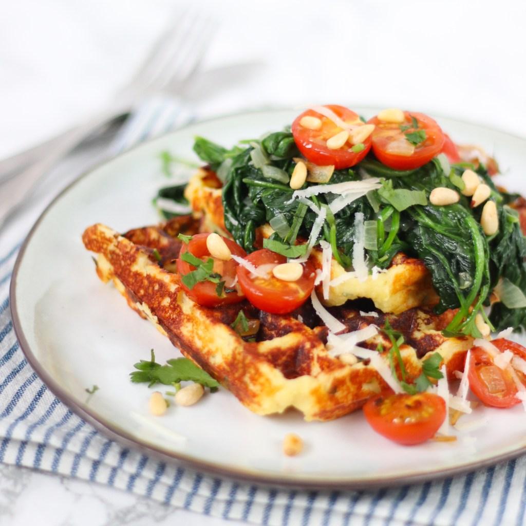 Aardappelwafels met gewokte spinazie