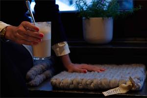 "mariemeers im Berliner Cafe ""Zeit für Brot"""