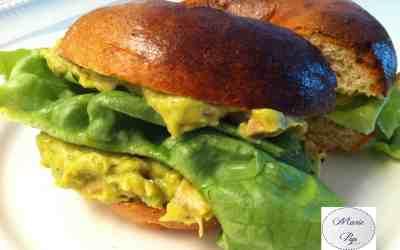 Le bagel façon salade au poulet… Un p'ti pain plein d'idées !