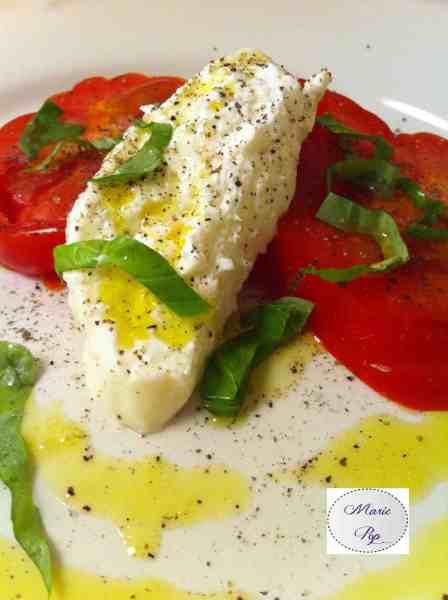 Salade tomates, burrata, basilic - La recette !