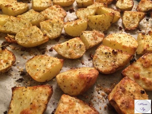Pommes de terre a l'ail et aux herbes - la recette