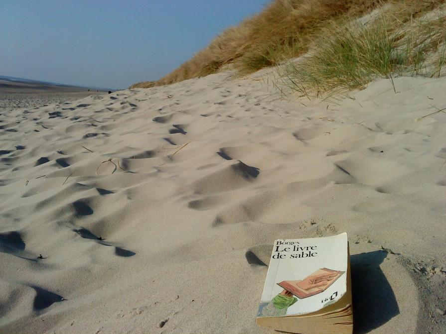 Le livre de sable