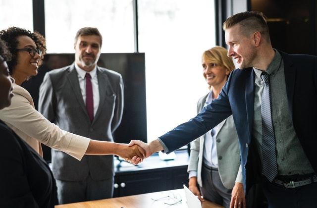 businessmen businesspeople businesswomen 1249158 - Business Law and Civil Litigation