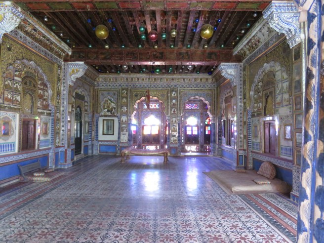 Ornate rooms where Kings met with royalty from other parts of the country