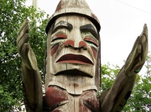 We walked by this Totem Pole probably 10 times in our 7 days in Vancouver. Dave found a Geo Cache under it :)