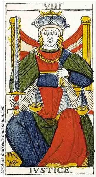 Carta de Tarot de Marsella VIII La Justicia en marifranstarot.com