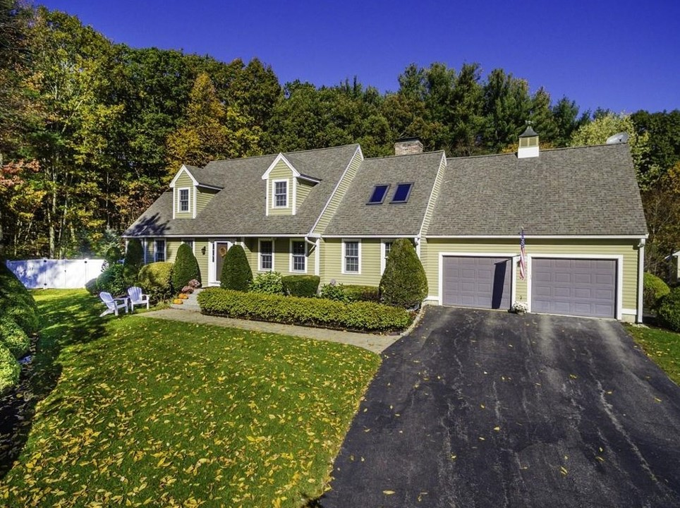 18 Paige Farm Road, Amesbury MA MLS-72248897