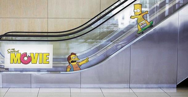 Simpsons the movie op de roltrap