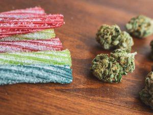 290. DIY-Weed-Gummies-Recipe1-696×522