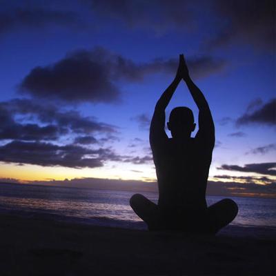 Extreme Attitudes to Yoga