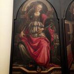 人を信じることと頼ることと・・・グッチ・ミュージアム建物にあった「7つの美徳」