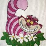 Gato de Cheshire a punto de cruz
