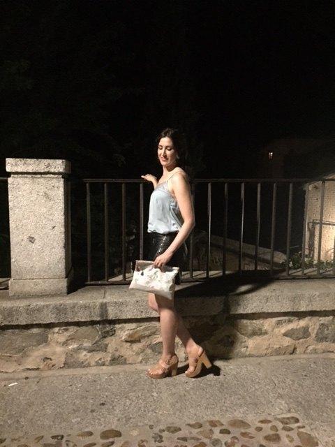 marikowskaya street style irene falda polipiel (3)