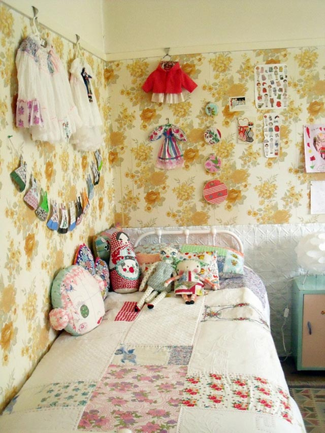 Love this wall paper with pretty girly details hung as accessories.  By: madebyjenni