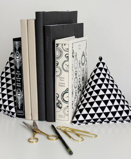 Fabric-Pyramid-Bookends-3 design sponge