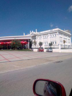 Luxus Palast, Aydilli Clan, mit Hekuran Hoxha bei Shiak, nicht beschlagnahmt