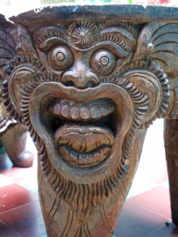Detail of table leg, carved by Nyoman Tjokot .