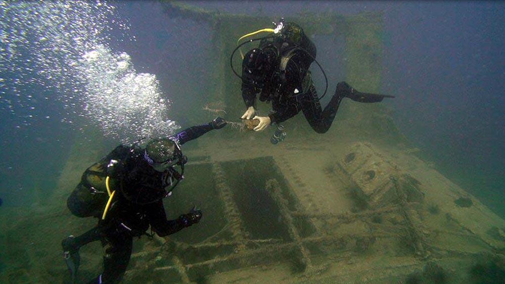 Antalya Yat Limanı Açığındaki Fransız Batığında Ağ ve Şamandıra Zararı