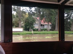 Boat ride back to Tigre revealed some beautiful houses