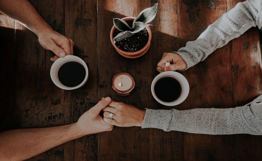 σχέσεις, φοβία δέσμευσης, δέσμευση, κατάλληλος σύντροφος,