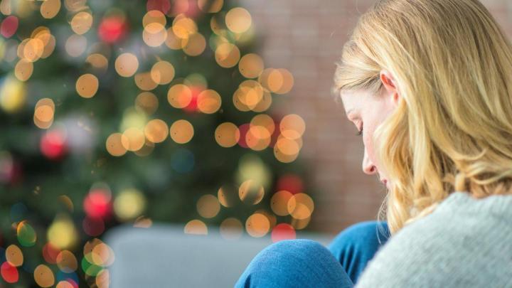 Christmas Blues κατάθλιψη, απώλεια πένθος, πανδημία, lockdown, άγχος, φόβος, Κατάθλιψη Χριστουγέννων, μελαγχολία Χριστούγεννα,