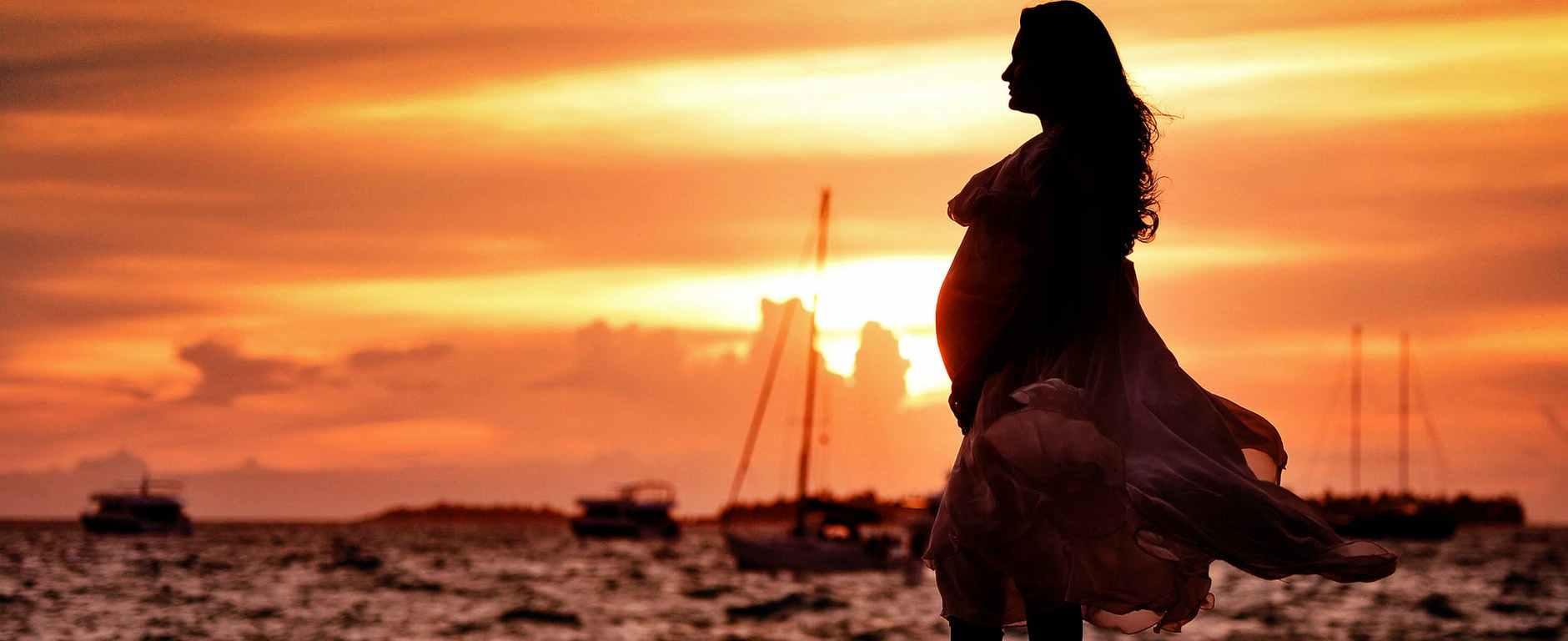Eίναι αποδεκτό να θρηνείς τη γυναίκα που ήσουν πριν γίνεις μητέρα!
