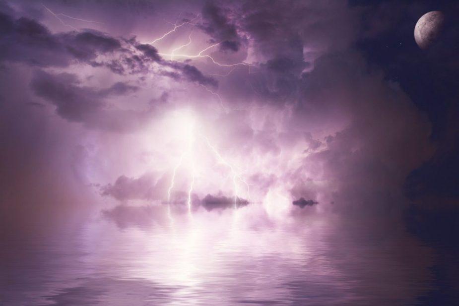 ροζ-καταιγίδα