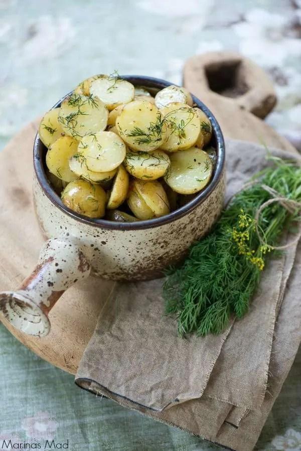 Dild kartofler i skål