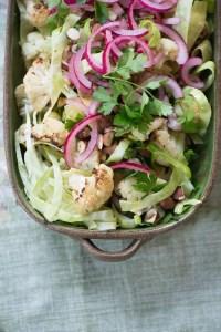 Bagt blomkål salat. Opskrift