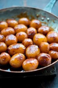 Perfekte brune kartofler på panden